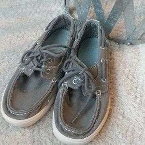 PENGUIN boys gray loafers size 3